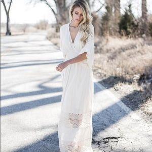 🆕VICI Find Me In The Field Kimono Maxi Dress